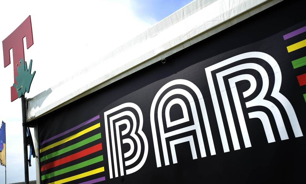 Branding - Branded Bar