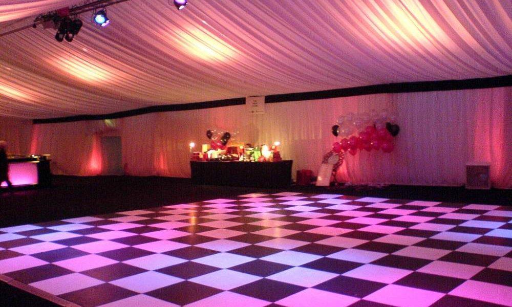 Dancefloor - B&W Chequered Floor