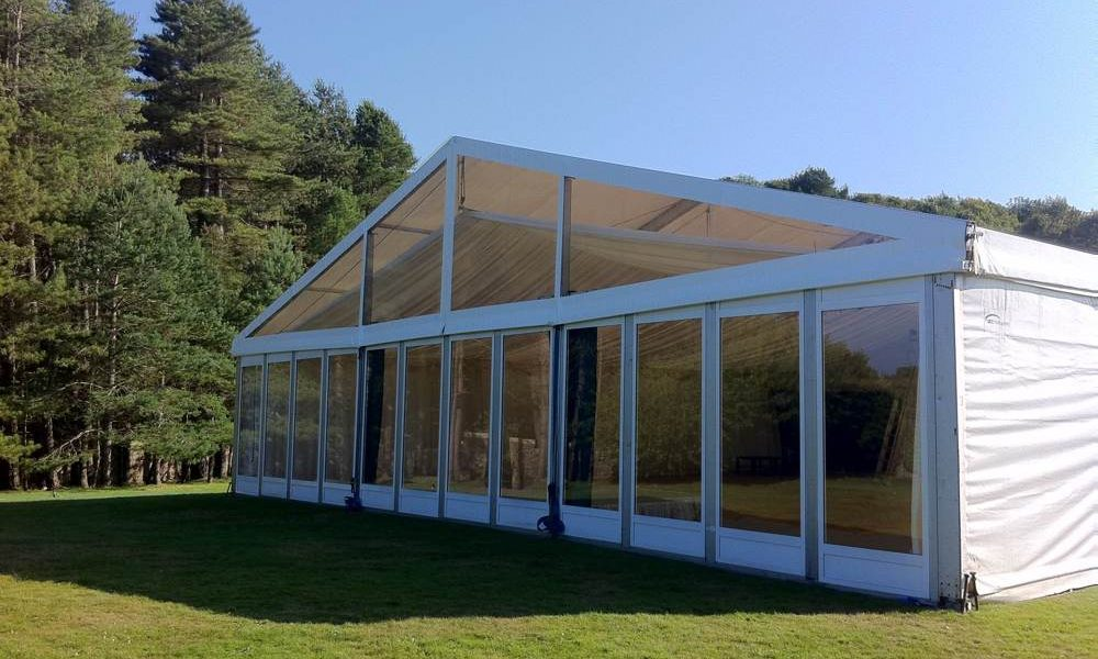 Windows - Clear Gable end in a 15m wide Frame Structure